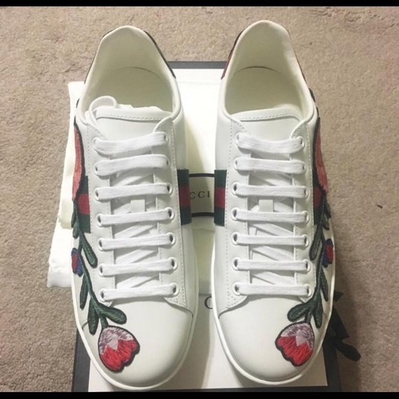 7c0d5233e2c Gucci Shoes - White New Ace Embroidered Floral Low Cut Leather